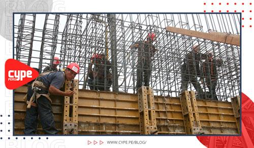 obreros en costruccion