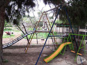 Columpio para recreo infantil en Elche (Alicante)